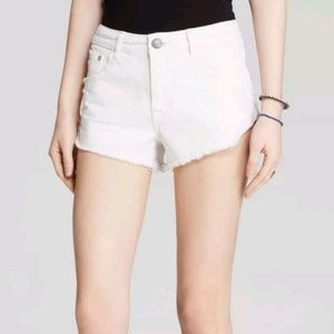 Free People Irreplaceable Jean Shorts Size: W 28